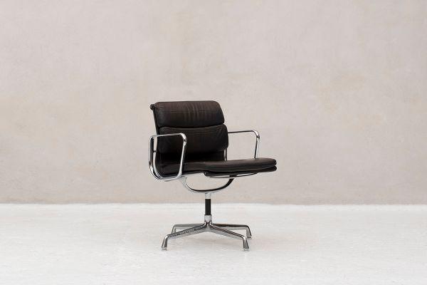 Sedie Ufficio Vitra : Sedia da scrivania di charles ray eames per vitra anni in