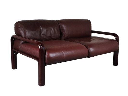 2-Seater Leather Sofa by Gae Aulenti for Knoll, 1970s for sale at Pamono