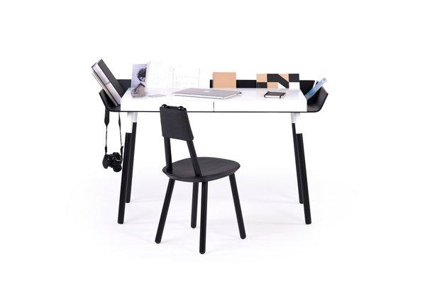 Grand bureau en bouleau noir & blanc par etc.etc. pour emko en vente