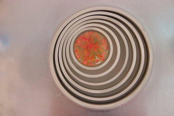 Applique quasar in acciaio e vetro colorato di angelo brotto per