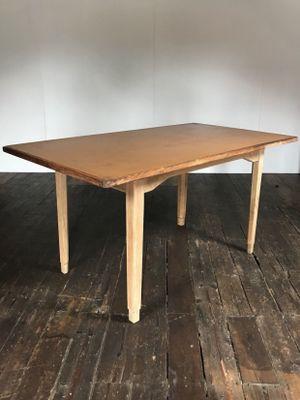 Table De Salle A Manger Industrielle Vintage En Vinyle