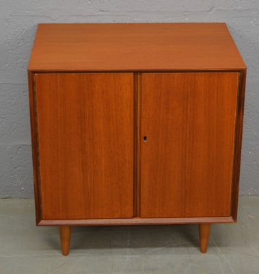 Captivating Mid Century Teak Hi Fi Cabinet With LP Storage 2