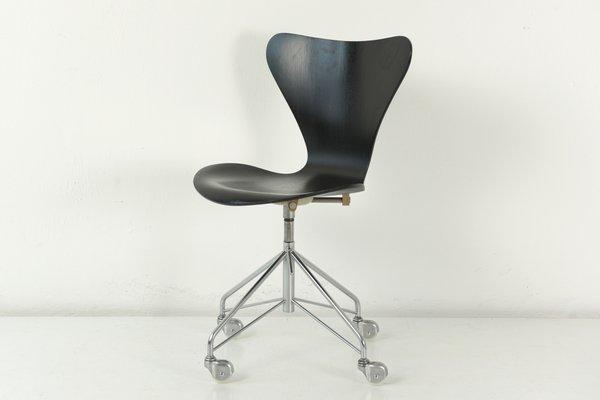 Chaise De Bureau 3107 Noire Par Arne Jacobsen Pour Fritz Hansen