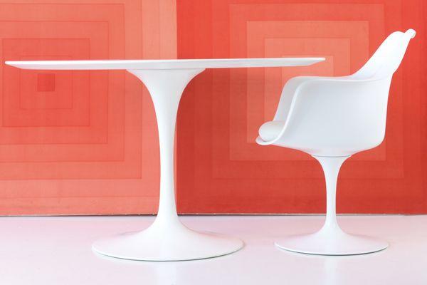 Tavolo Tulip Eero Saarinen : Tulip table by eero saarinen for knoll international bei