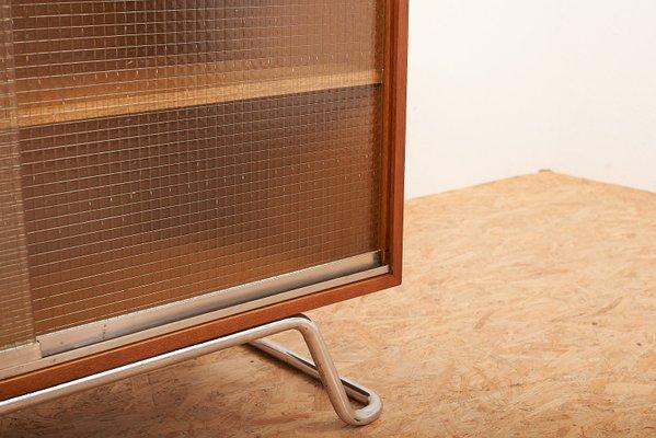 Credenza Con Vidrio : Credenza con ante scorrevoli in vetro a rete anni vendita