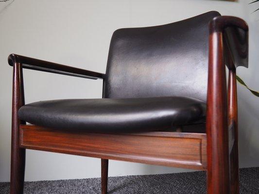 Sedie Vintage Pelle : Sedie vintage in palissandro brasiliano e pelle nera di cado set