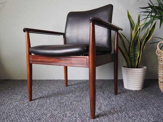 Sedie vintage in palissandro brasiliano e pelle nera di cado set