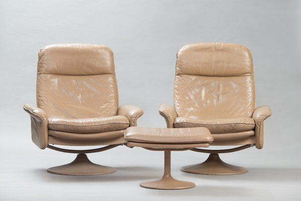 Fauteuils Inclinables Modèle DS 50 En Cuir Avec Ottomane De De Sede, 1970s 1