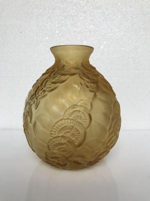 Art Deco Vase From Etaleune For Sale At Pamono