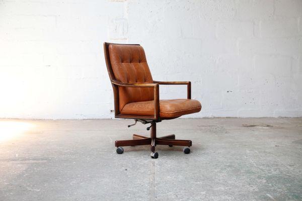 Chaise de bureau en cuir cognac de lübke s en vente sur pamono