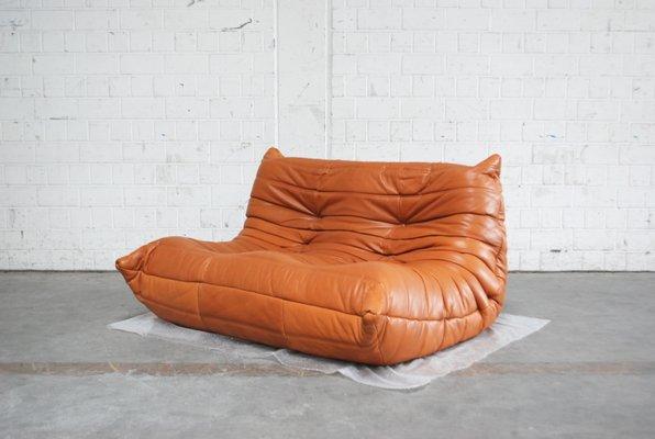 Togo Sofa In Cognacfarbenem Leder Von Michel Ducaroy Für Ligne Roset
