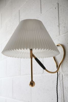 vintage brass 306 table lamp by kaare klint for le klint for sale at