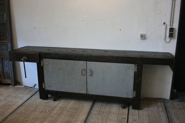 Swell Antique Industrial Workbench On Wheels Ibusinesslaw Wood Chair Design Ideas Ibusinesslaworg