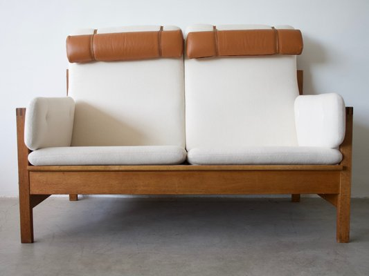 Model 2252 Two Seater Sofa By Børge