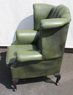 Genieteter Grüner Leder Ohrensessel Mit Knöpfen 1960er Bei Pamono