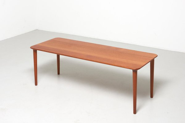 Niedriger Tisch Von Gustav Bahus Für Rastad Relling 1950er Bei