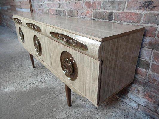 Credenza Con Piano Di Lavoro : Credenza con maniglie in ottone italia anni vendita su pamono