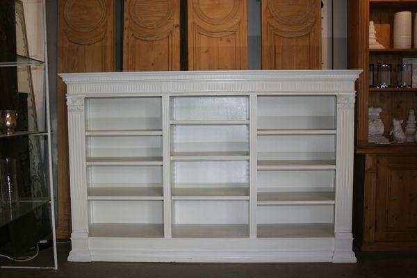 Antique White Bookshelf 1