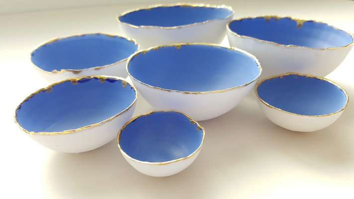 Fine Bone China Stoneware Nesting Bowls in Blue & White with Gold Finish by  Manos Kalamenios for madebymanos, Set of 7