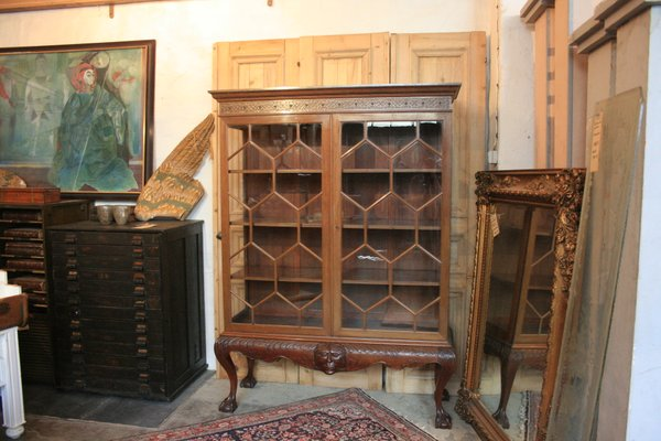 Antique Mahogany & Glass Cabinet 1 - Antique Mahogany & Glass Cabinet For Sale At Pamono