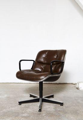 Silla giratoria de oficina vintage de cuero de Charles Pollock para ...