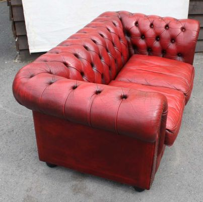 Deep Red Buttoned Two Seater Chesterfield Sofa, 1960s 2