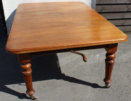 Mahogany Wind Out Table On Turned Legs, 1910s 1