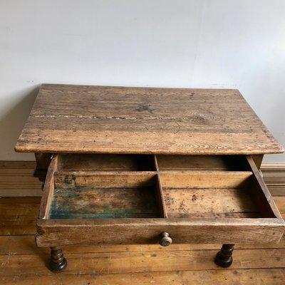 Farmhaus Tisch Mit Schublade 1840er Bei Pamono Kaufen