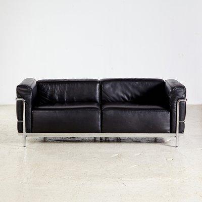 Lc3 Sofa Von Le Corbusier Pierre Jeanneret Charlotte Perriand Für