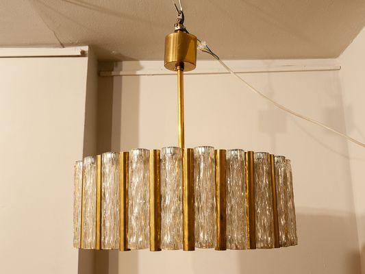Set di lampada da soffitto e due lampade da parete tubolari di