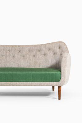 Vintage BO64 Sofa By Finn Juhl For Bovirke 2