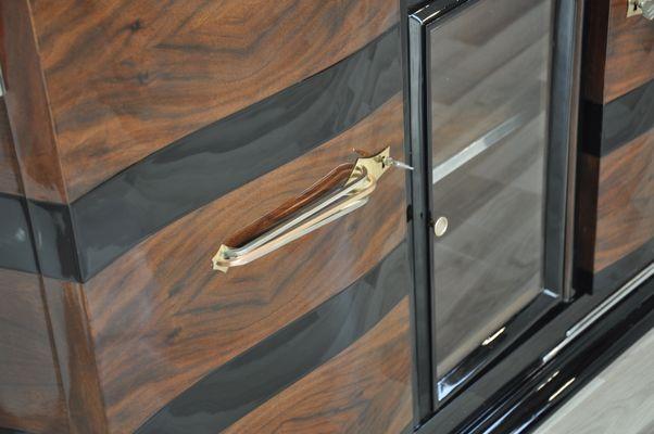 Credenza Bassa Con Vetrina : Credenza art deco con vetrina anni in vendita su pamono