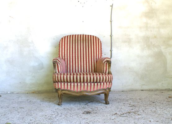 Antique American Lounge Chair 1