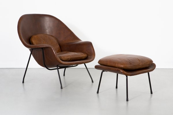 Womb Chair u0026 Ottoman by Eero Saarinen for Knoll Inc ... & Womb Chair u0026 Ottoman by Eero Saarinen for Knoll Inc 1960s for sale ...