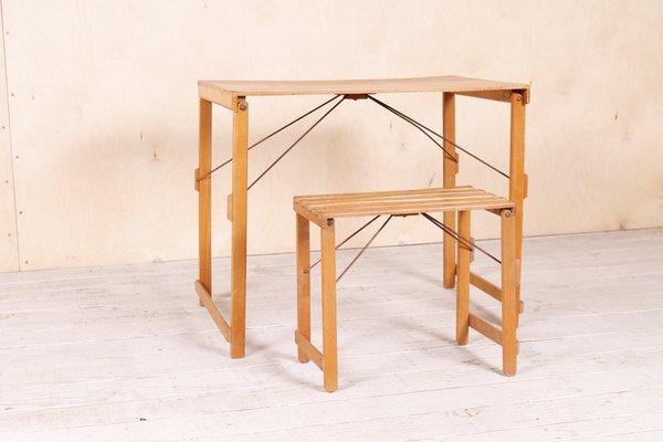 Tavolo e sgabello da bambino industriali pieghevoli anni 50 in