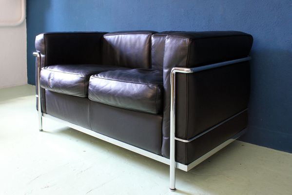 LC2 Sofa by Charlotte Perriand, Pierre Jeanneret & Le Corbusier for ...