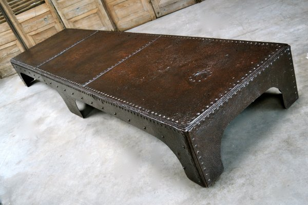 Merveilleux Antique Industrial Coffee Table