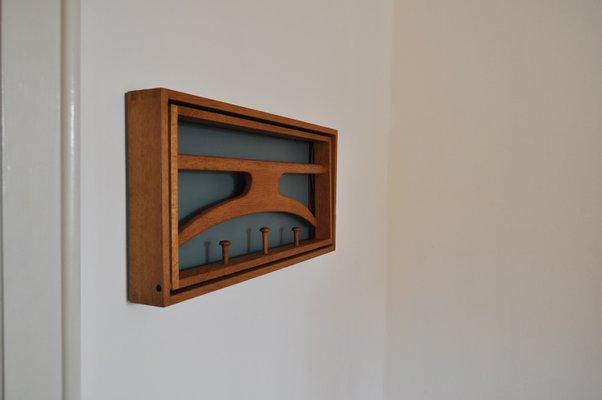 Mid-Century Stummer Diener für Wand von Adam Hoff & Poul Østergaard für  Virum Møbelsnedkeri