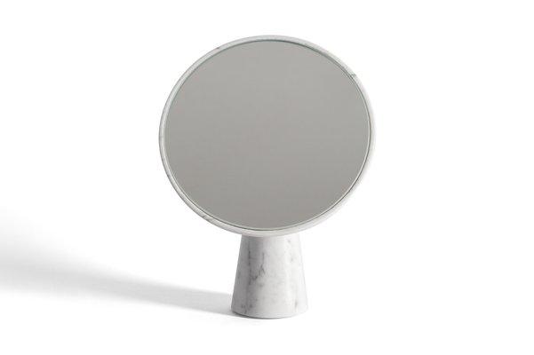 Specchio da parete Sophie in marmo bianco di Carrara di Salvatori in ...