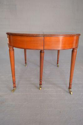 Biedermeier Oval Extendable Table, 1830s 9