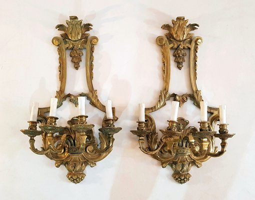 Applique da parete vintage in stile rinascimentale in bronzo