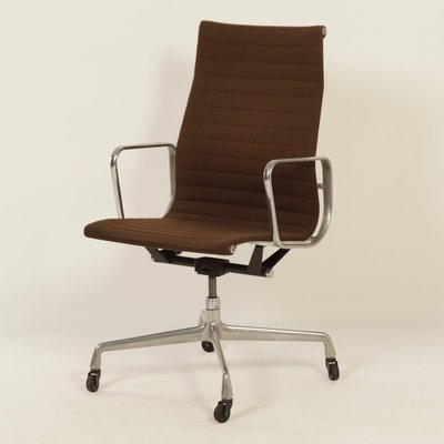 Office Chair By Charles Ray Eames For Herman Miller 1960s For