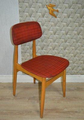 Sedia da cucina vintage con tessuto rosso a quadri in vendita su Pamono