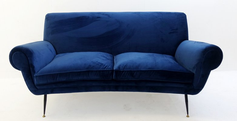 canap vintage en velours bleu profond par gigi radice 1 - Canape Profond