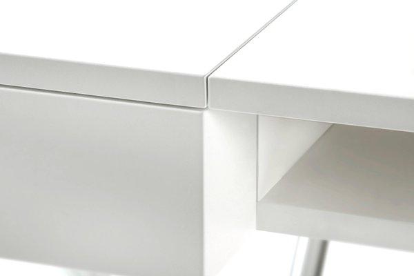 Bureau cosimo avec plateau laqué mat blanc et cadre en chrome par