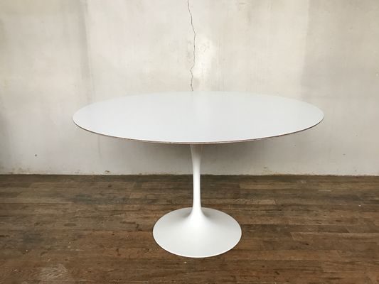White Laminate Table By Eero Saarinen For Knoll International S - Saarinen table white laminate