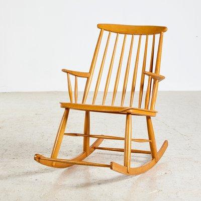 Vintage Schaukelstuhl vintage schaukelstuhl in buche, 1970er bei pamono kaufen