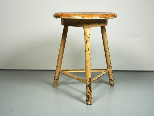 Sgabello mid century industriale in vendita su pamono