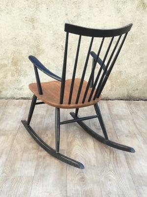 Vintage Schaukelstuhl skandinavischer vintage schaukelstuhl von roland rainer für 2k bei