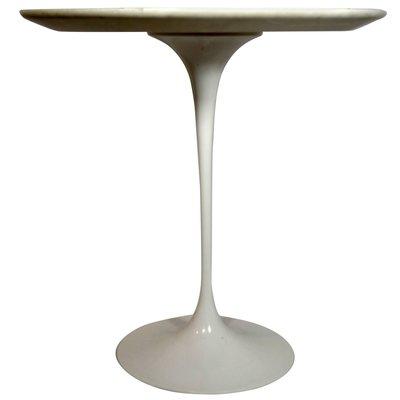 Tavolo rotondo Tulip di Eero Saarinen per Knoll International, anni ...